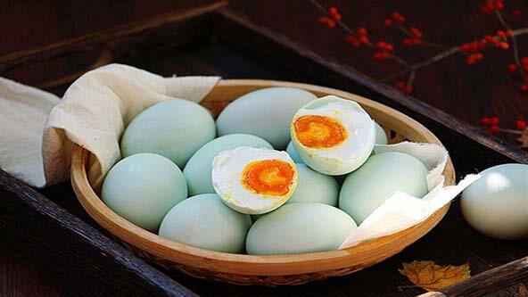 好吃的咸鸭蛋自制方法
