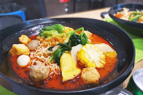 吉阿婆骨汤麻辣烫——餐饮市场的新亮点!