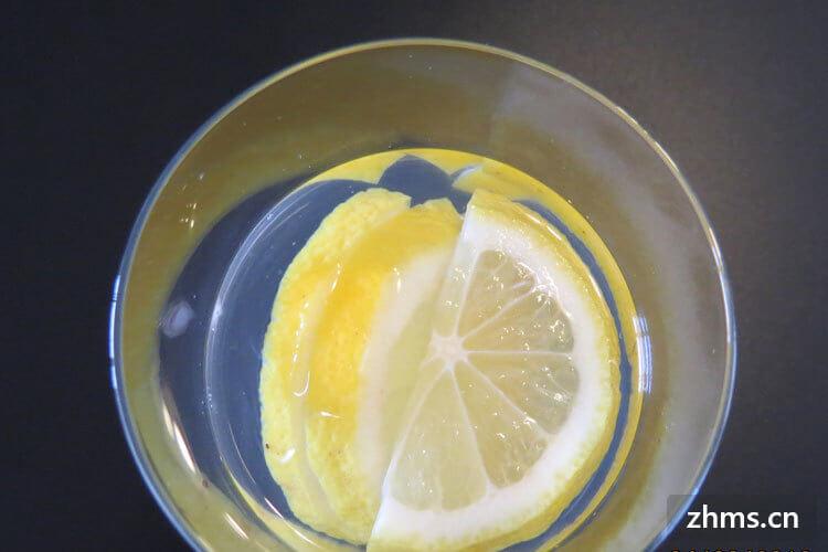 冰糖可以放进柠檬水吗