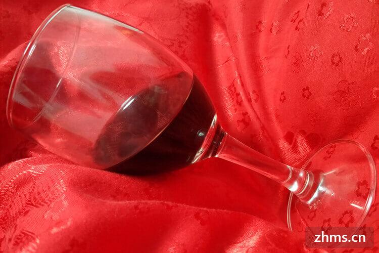 如何挑选适合的红酒