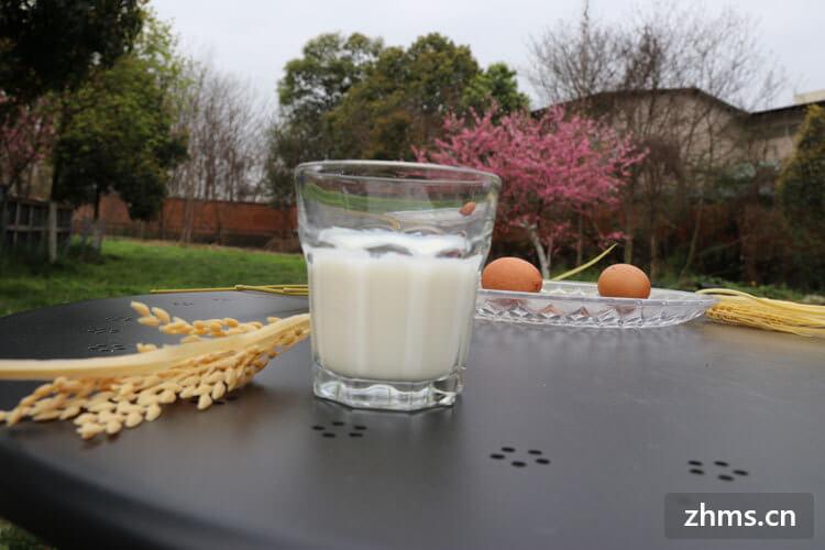 补钙喝什么牛奶好?早知道该喝什么牛奶早对身体有利!