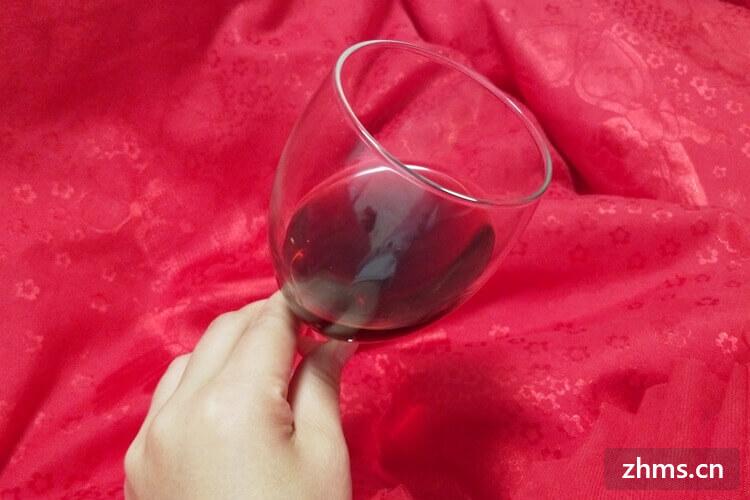 如何选红酒