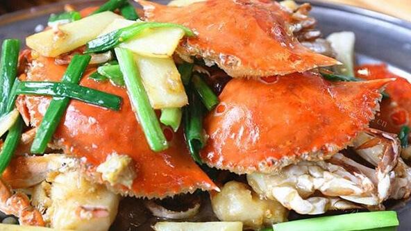 美味的煎连壳蟹