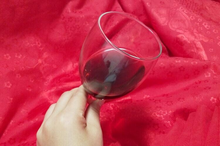 买红酒也是需要认真挑选的,购买红酒怎么挑选好不好呀?