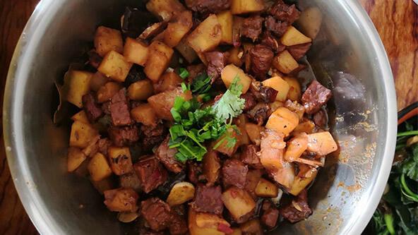 家常自制版红烧牛肉,吃面再也不吃康师傅