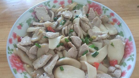 鲜美无比的杏鲍菇炒肉这样做比什么都好吃!