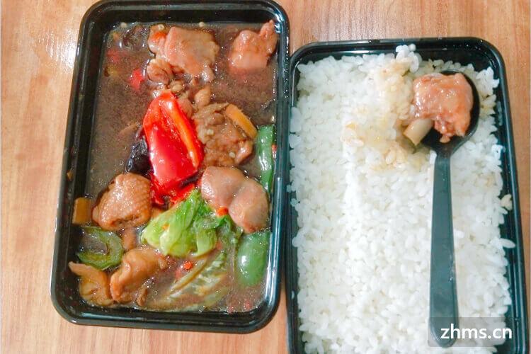 黄焖鸡米饭一年赚多少