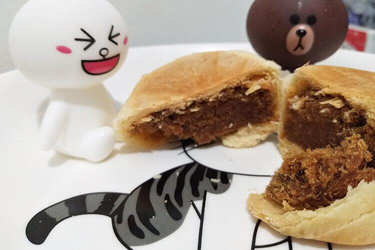 月饼的品种有很多,金莎巧克力月饼有吗?
