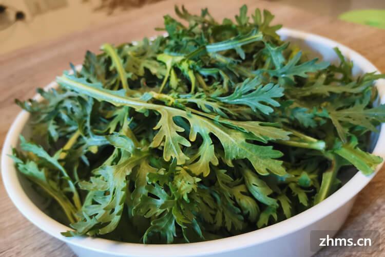 生拌茼蒿菜的做法和营养价值