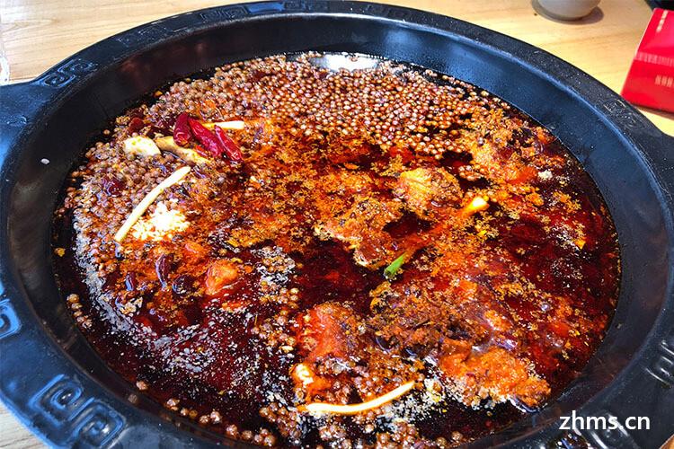 问一下做火锅的朋友,林子炭火锅加盟成本是多少钱?
