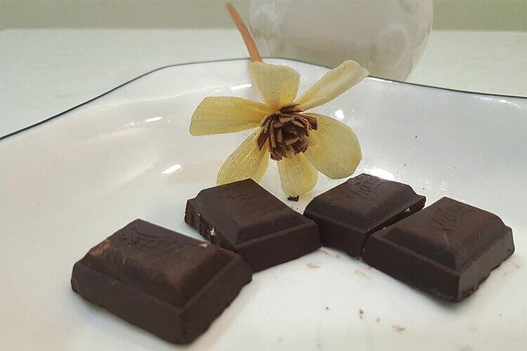 黑巧克力无糖吗?想吃巧克力