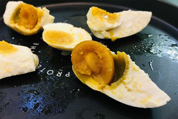 想自己腌制咸鸭蛋,咸鸭蛋咸鸭蛋怎么腌制好吃?
