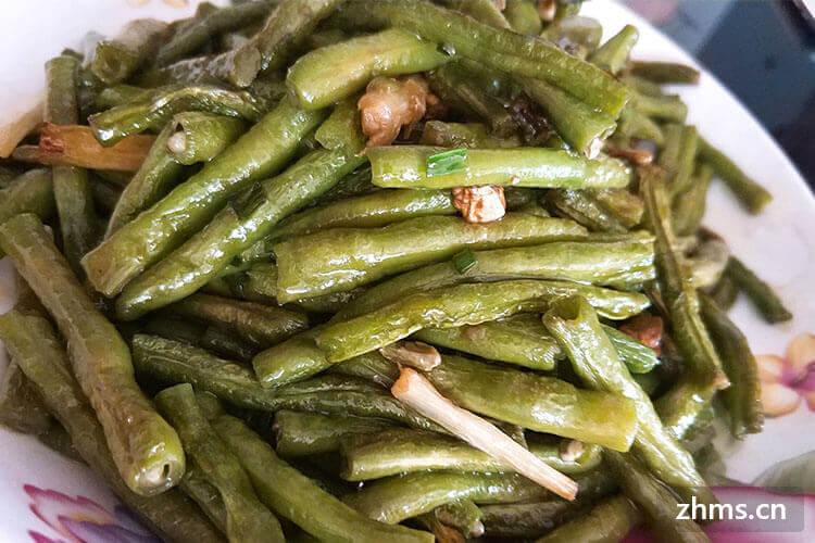 香辣爽脆的干煸豇豆怎么做呢,快来看看吧