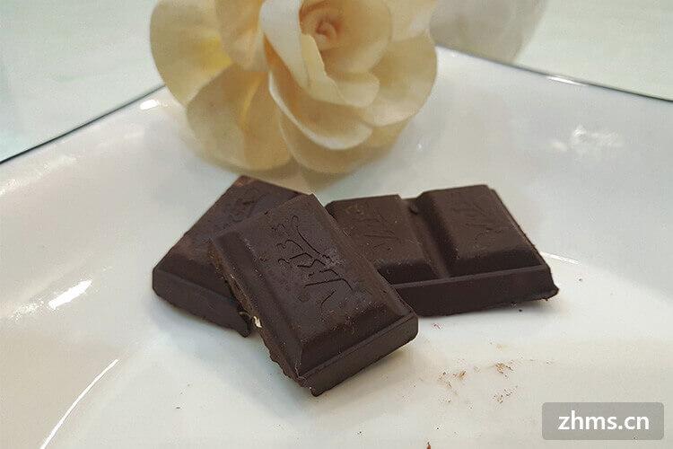白巧克力和黑巧克力有什么区别