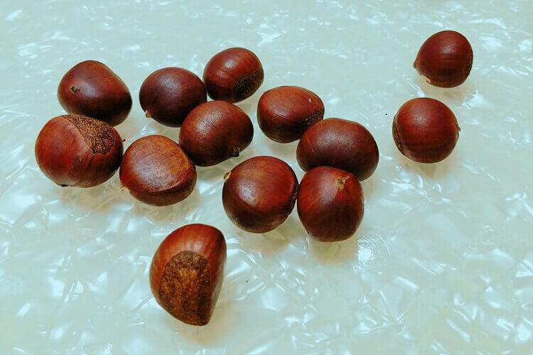 摘了些栗子,想问一下生栗子和熟栗子营养价值一样吗?
