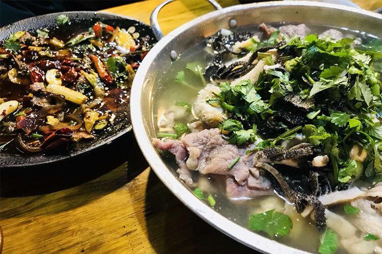 我想要了解粽子,请问牛肉粽子的肉怎么腌制好吃呢