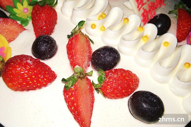 什么是淡奶油?由淡奶油制作而成的各种美食