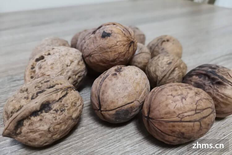如何挑选薄皮核桃?薄皮核桃的营养价值有哪些?