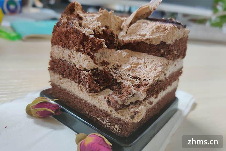 蛋糕甜品店的成本多高啊?蛋糕甜品加盟费用得多少钱?