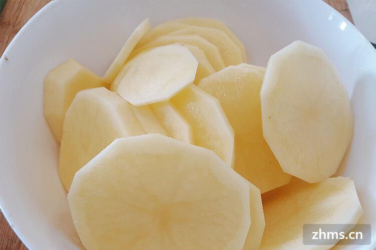 土豆片切好了为什么要泡水?土豆片该如何切呢?