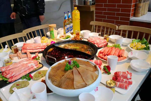 重庆古城墙火锅图4