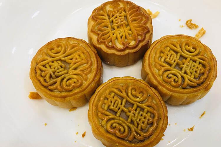 我们要去广东了,亲戚想吃月饼王,我想问一下,广东月饼王哪里买