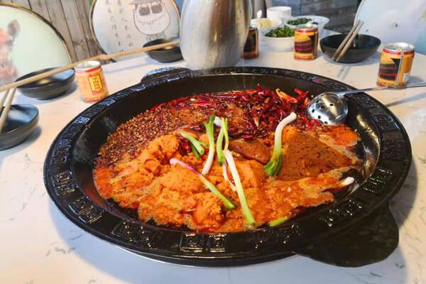重慶古城墻火鍋圖6