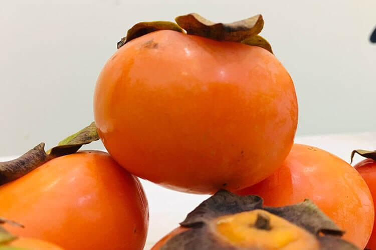 听说小苏打可以催熟柿子,请问柿子用小苏打怎么催熟?
