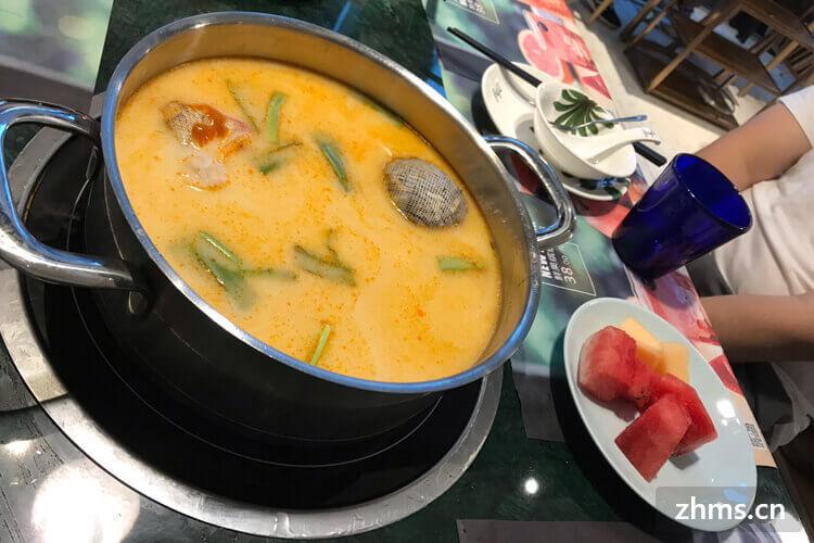 泰式海鲜火锅配菜里面都有什么?应该和咱们这边的不太一样吧?