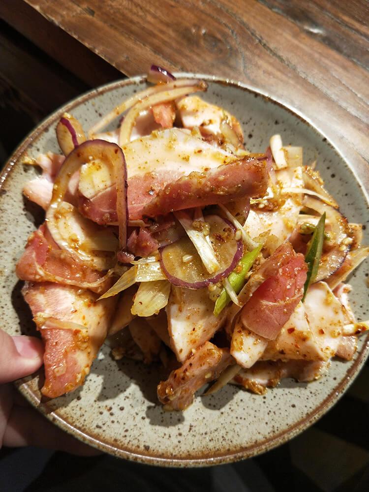 半岛洲际酒店后面这家烤肉,特色五花肉比别家都要嫩