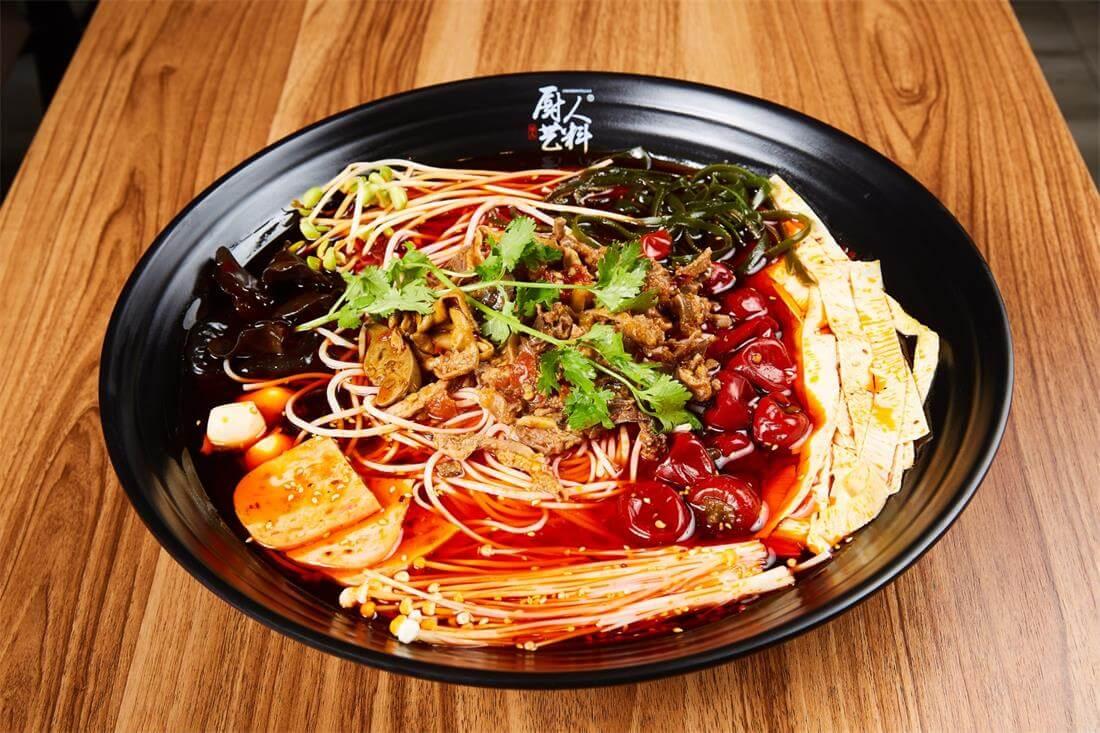 厨人艺料火锅米线图1