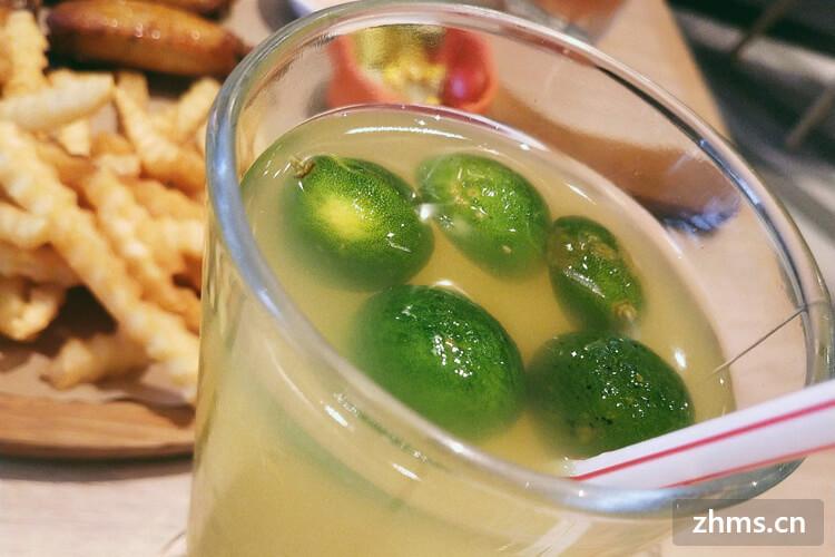 鲜榨果汁好喝吗?