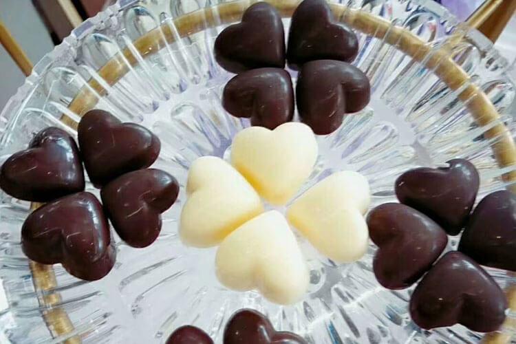 大家吃过黑巧克力吗?大家觉得无糖黑巧克力怎么样?