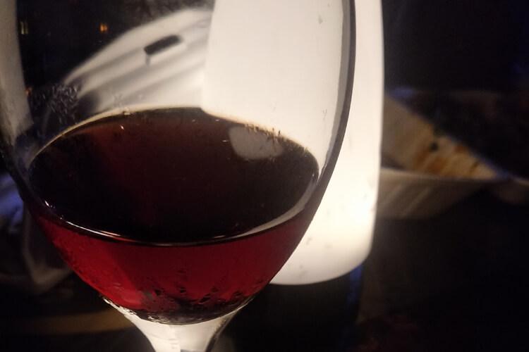 想买葡萄酒,请问怎么挑选葡萄酒哪种品种好一些?