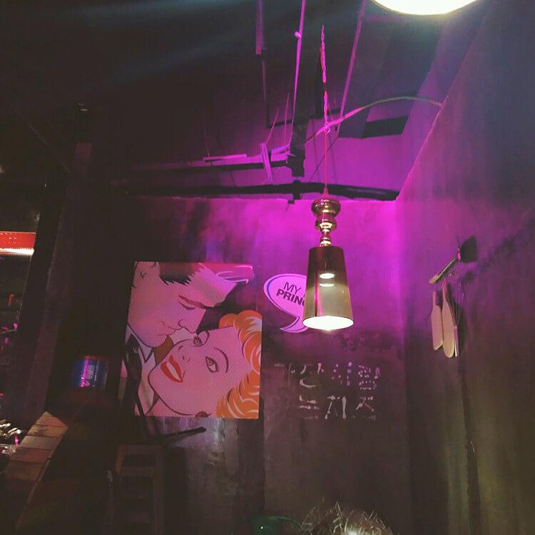 装修得浪漫复古的一家韩国料理店,单人45元全自助
