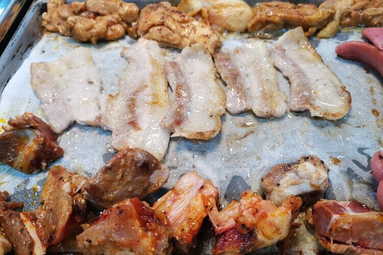 想吃烤肉,想问一下,海口市圣多斯巴西烤肉是自助餐吗?