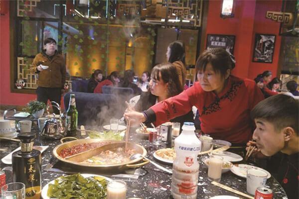 重庆火锅加盟多少钱?加盟开店都包含哪些费用?