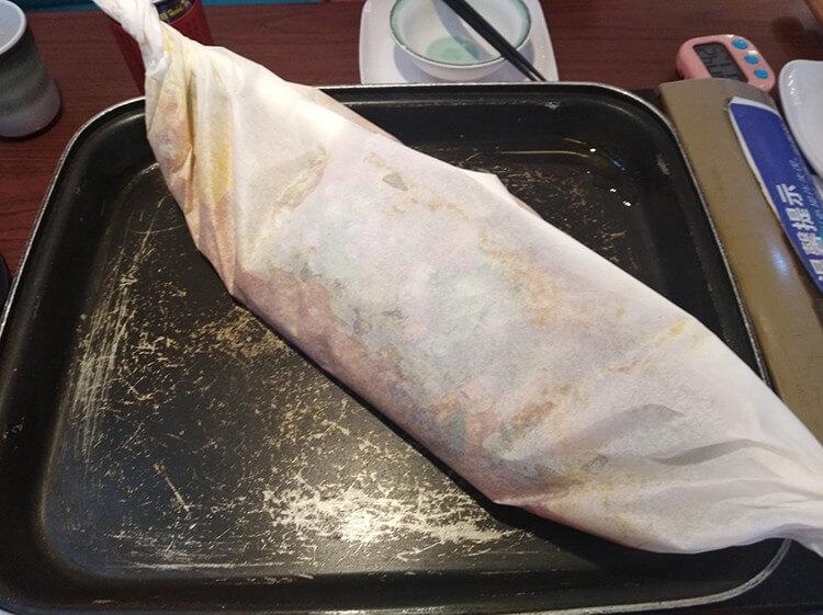 人均60元的纸包鱼,分量很足口味很重,是吃过就不能忘记的味道