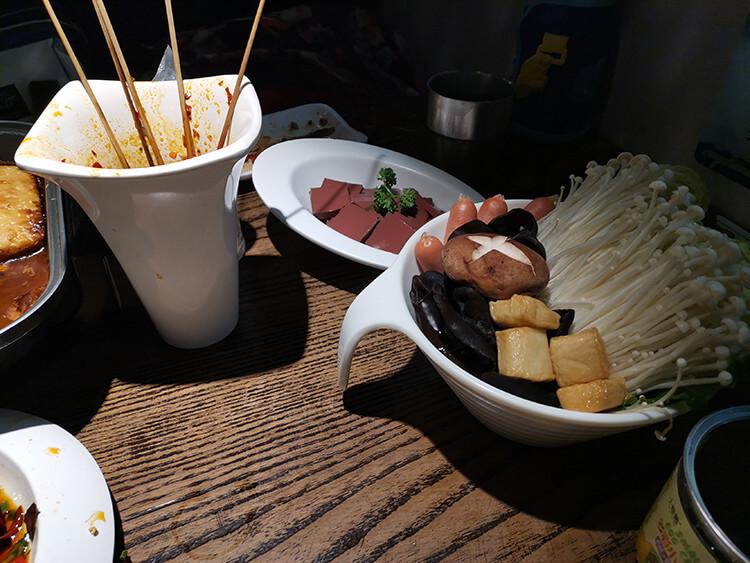占据聊城半边天地位的烤鱼,口味层次非常丰富,性价比还超高