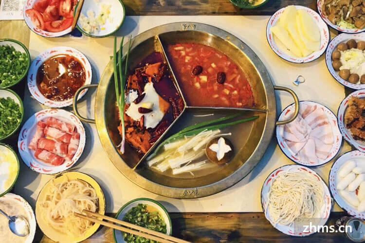 想了解一下这个重庆山城小龙女火锅品牌加盟怎么样?