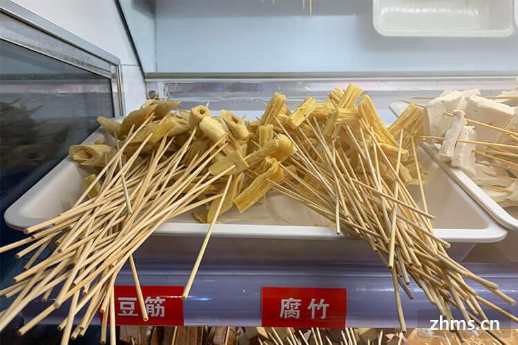 请介绍巴尖火锅串串加盟费用多少钱?开店多大面积好一点?