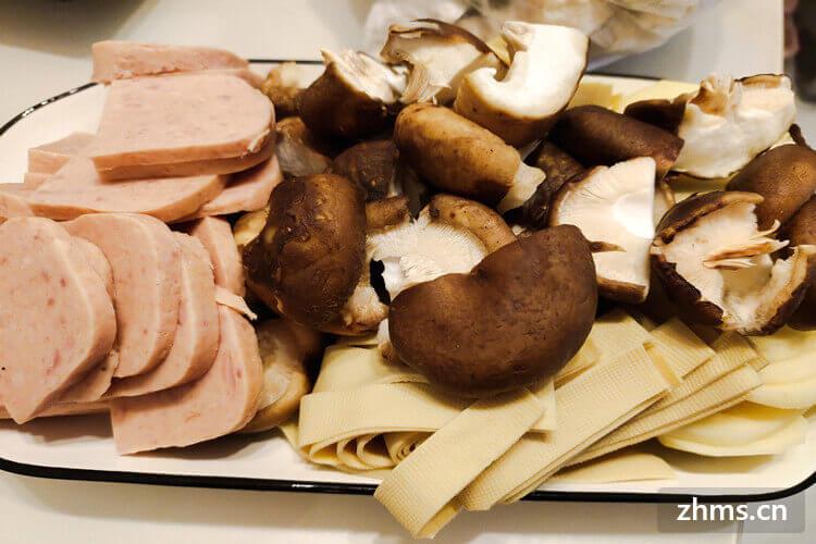 切片的香菇跟青菜在一起炒特别的好吃,大香菇家常怎么切