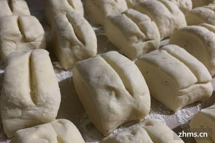 很多人都爱吃馒头,那么小麦粉怎么发面呢?