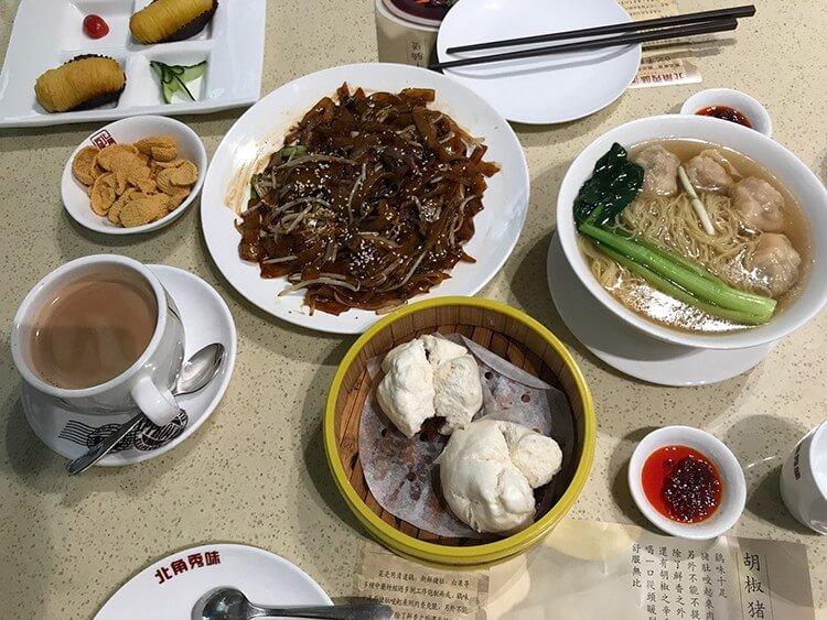 来这家港式茶餐厅吃最正宗的小吃,从此和姐妹约茶又多了个好地方