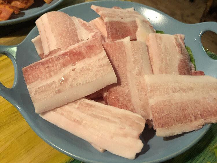 谁吃谁喜欢的韩式烤肉,三种不同口味的五花肉就够吃一顿了!