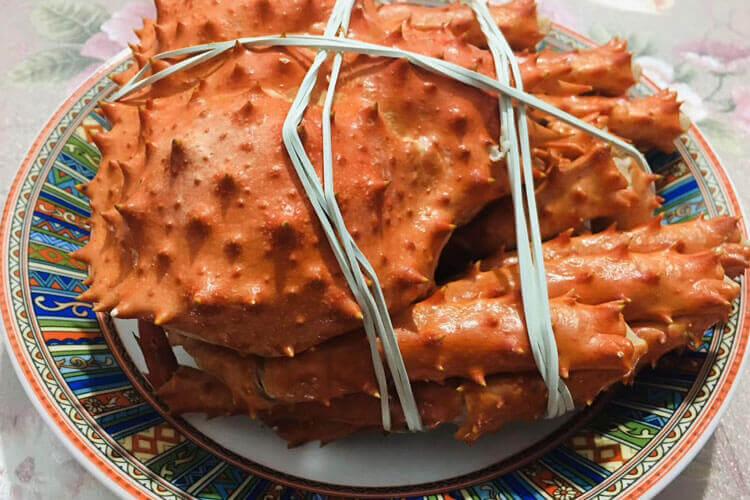 想买一只帝王蟹,大家知道帝王蟹价格供应吗?