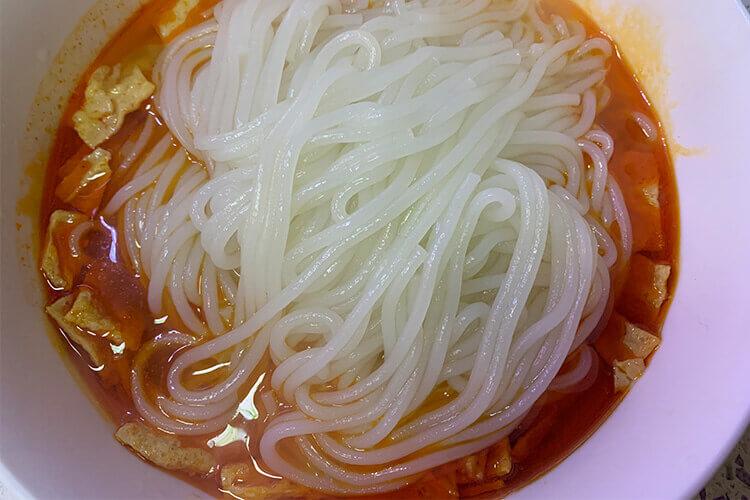 螺蛳粉非常好吃又美味,想知道广西肥仔螺蛳粉怎么煮?