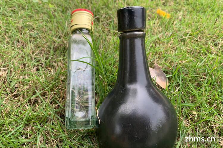 科乐克葡萄酒相似图片1