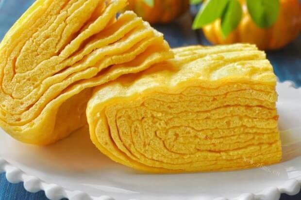 南瓜蒸饼的做法,这样的饼松软可口香甜不腻,是小孩的最爱
