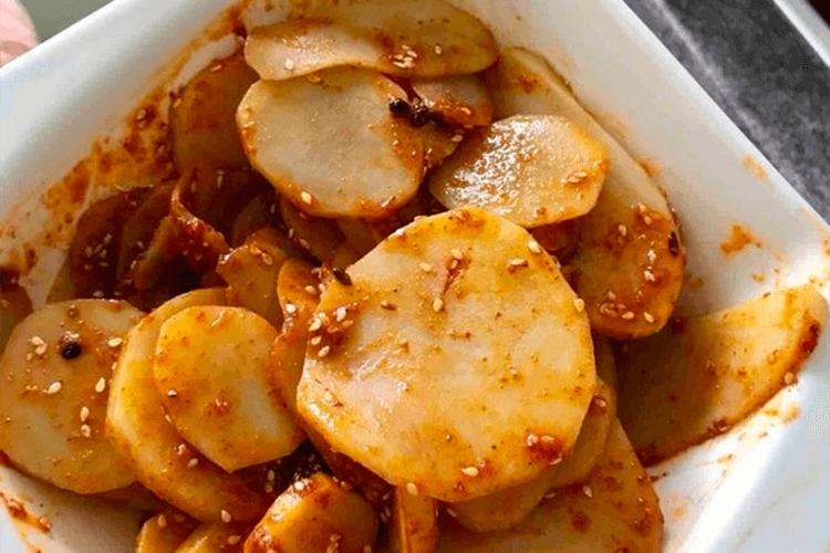 这样做的麻辣土豆片能秒杀街边一切麻辣拌